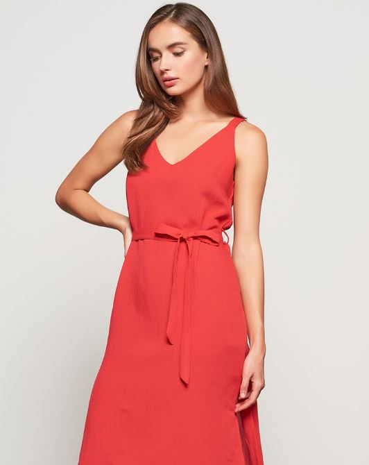 77441edf Fire up your summer style with these red hot pieces perfect for your nights  on the town. Amp up your evening game with our favourite red dress from  Temt.