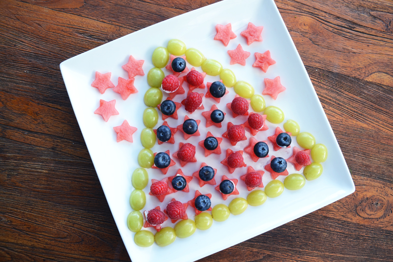 christmas tree fruit salad